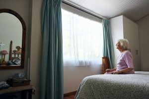 4 Ways to Make Bedrooms Safer for People with Dementia